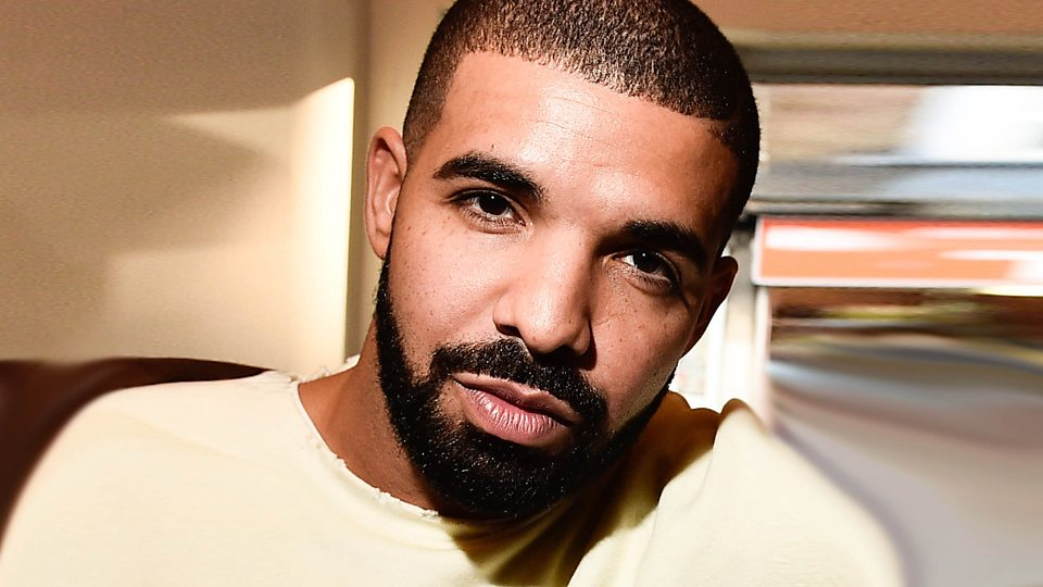Drake Reveals He's Working on a New Mixtape