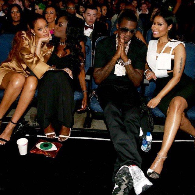 Meek Mill Hints At Nicki Minaj Being Pregnant
