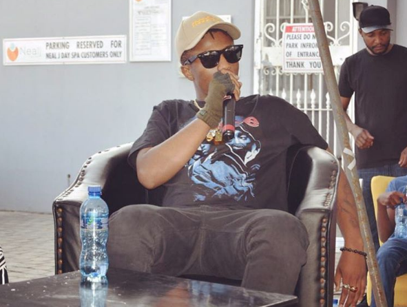 Emtee Opens Up About Being Paranoid About the Future