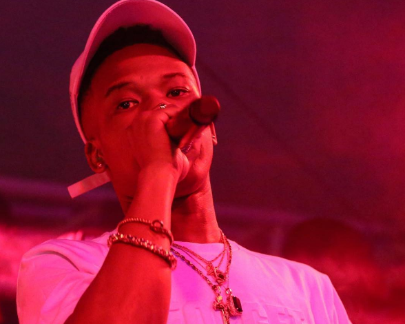 Nasty C Shows Off His New Diamond Chain