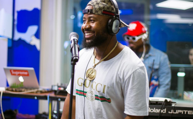 Cassper Nyovest Explains Why He Needs His Phone When Performing 'Destiny'