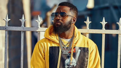 Cassper Responds To Claims That He Owes Mshoza R100K