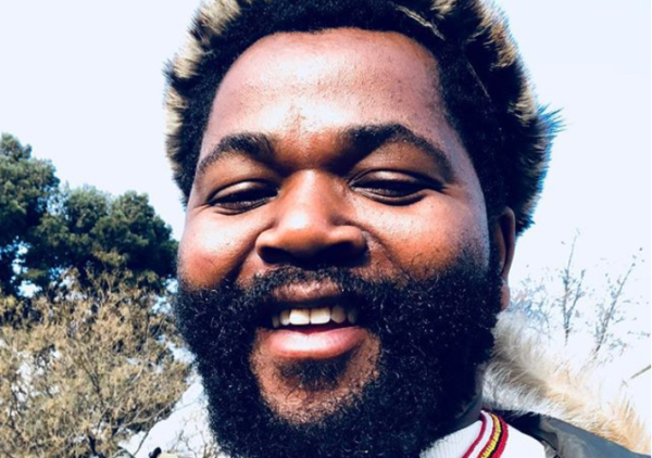 Fans Praise Sjava After Building A Beautiful Home For His Family