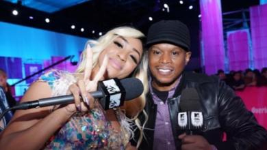 Nadia Nakai Impresses Sway Rapping On The MTV EMA Red Carpet