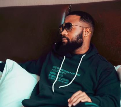 The Hype Behind Cassper's #MoveForMe Music Video Shoots Up 1